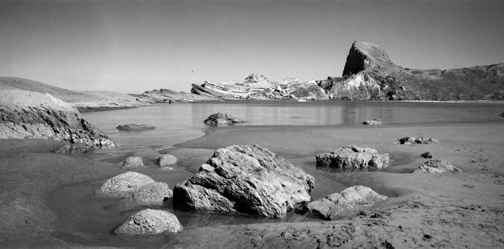 the strory of kupe Aotearoa (māori: [aɔˈtɛaɾɔa] kupe named the land aotearoa aotearoa can also be broken up as: aotea-roa aotea is the name of one of the māori migration.