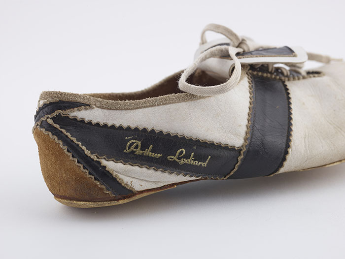 Peter Snell's shoe from the back
