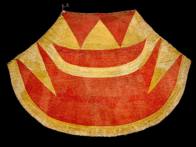 A red and yellow feathered cloak