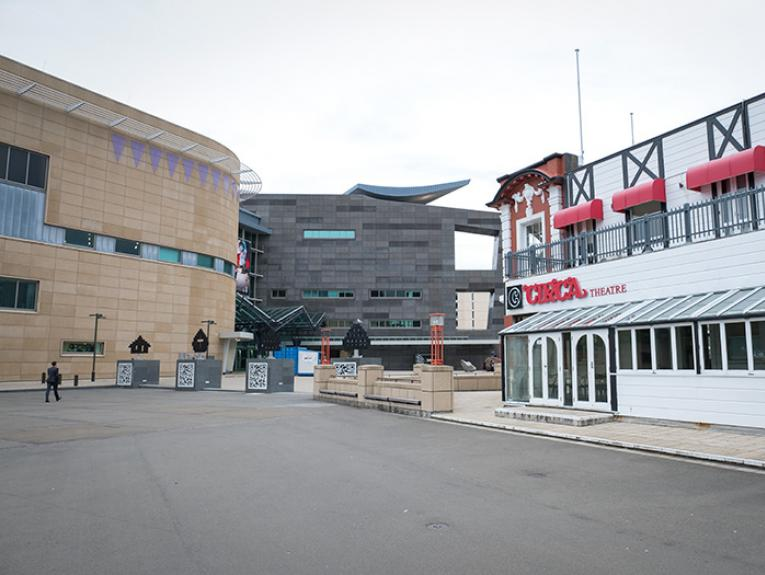 Te Papa and Circa Theatre