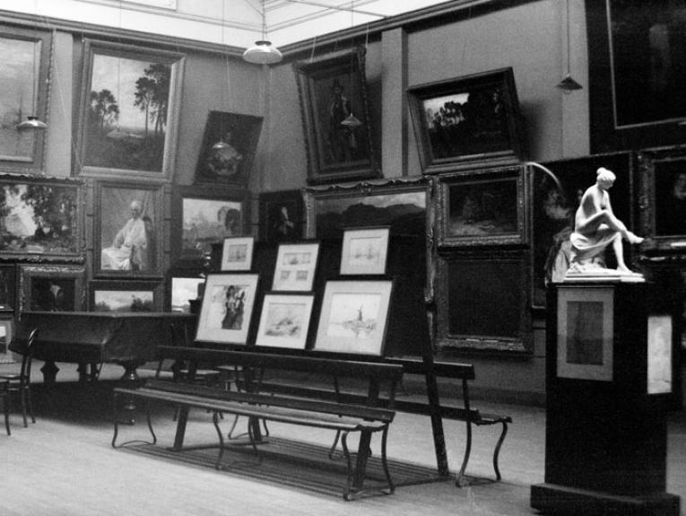 Art studio, Wellington, 16 July 1932, Wellington, by Leslie Adkin. Gift of G. L. Adkin family estate, 1964. Te Papa (A.005430)