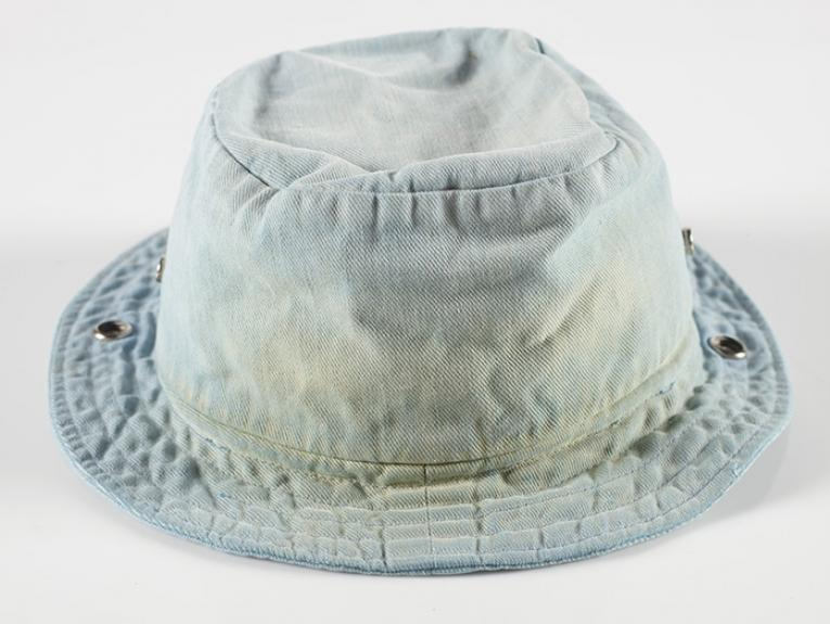 Fred Dagg's blue denim hat