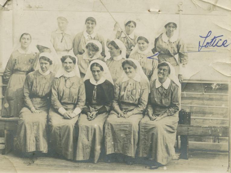 Nurses (including Lottie) on board the Maheno 1915