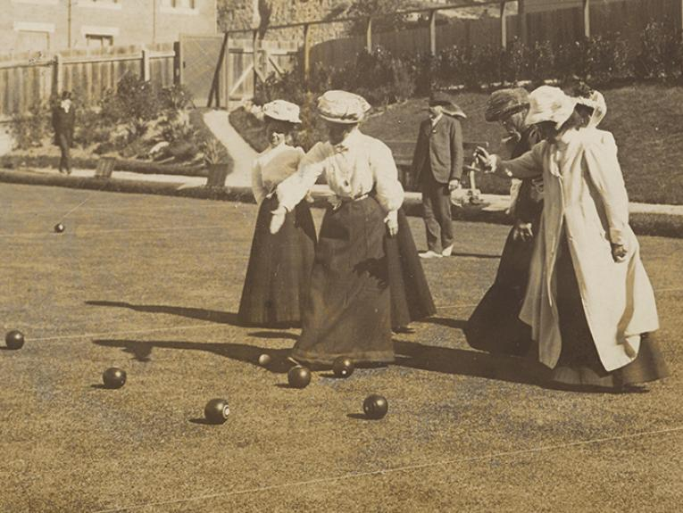 Wellington lady bowlers, 1908