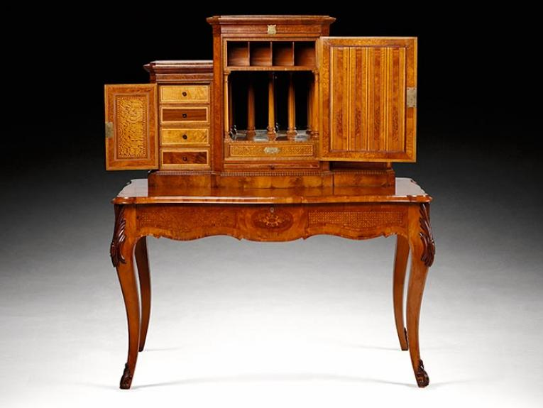 Writing bureau owned by Joseph Hooker