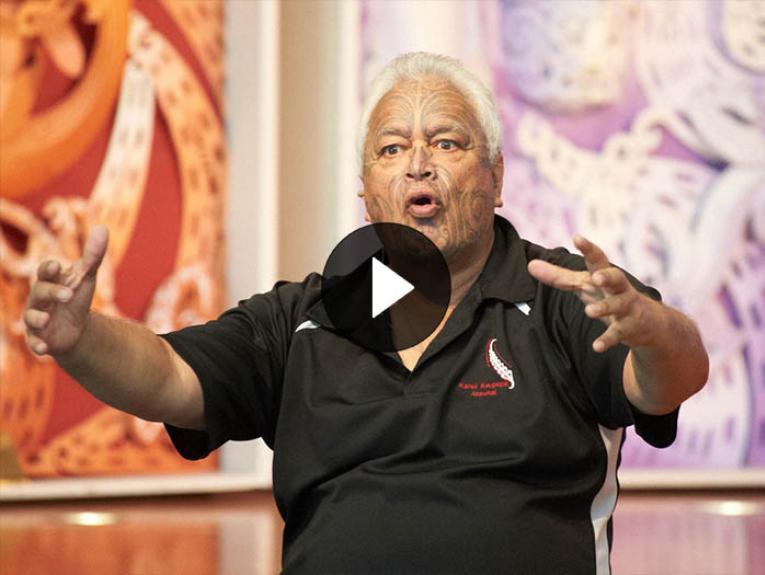Joe Harawira storytelling on Te Marae