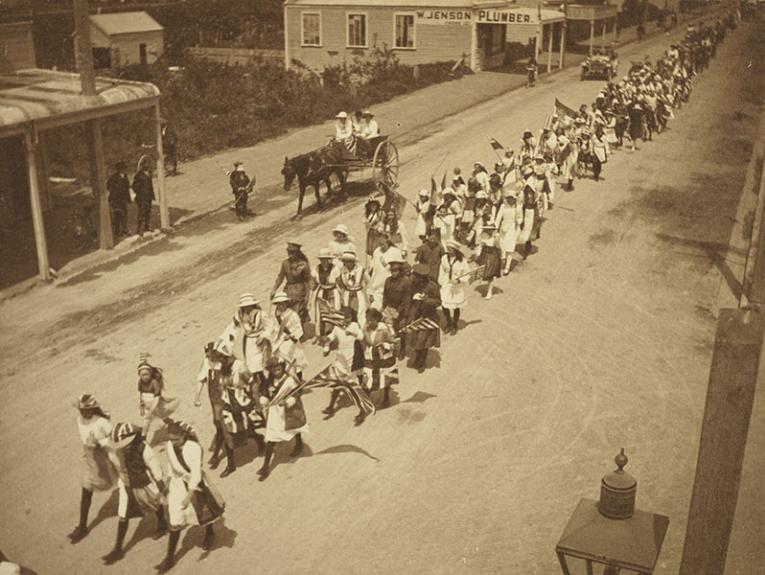 The people of Levin celebrate the Armistice