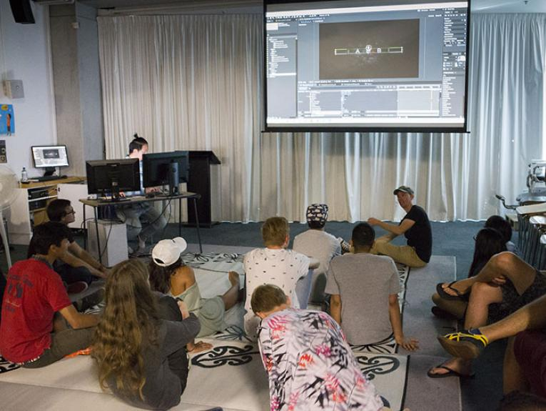 Workshop with Dusk, Te Papa Talks, 2016. Photograph by Kate Whitley. Te Papa