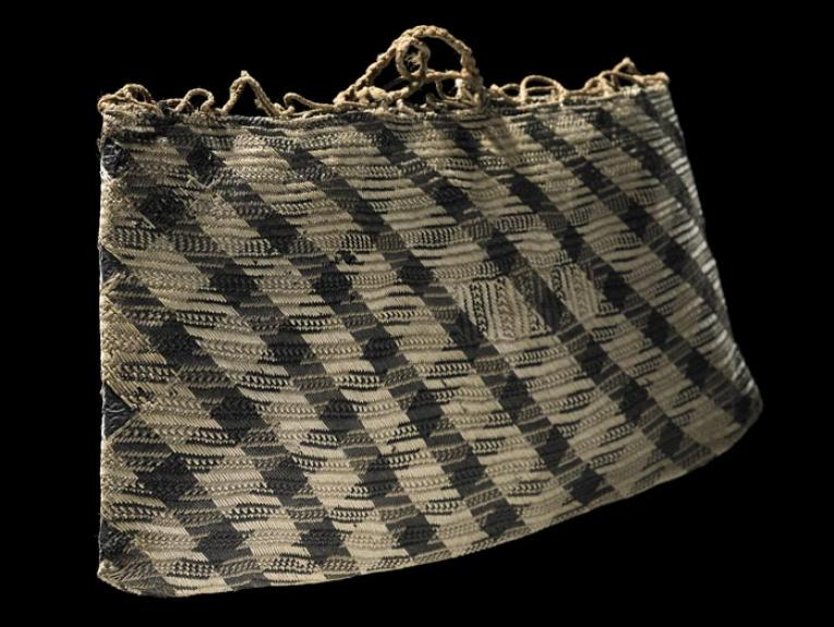Kete whakairo (patterned bag), 1800-1833, New Zealand, maker unknown. Purchased 1977. Te Papa (ME013967)
