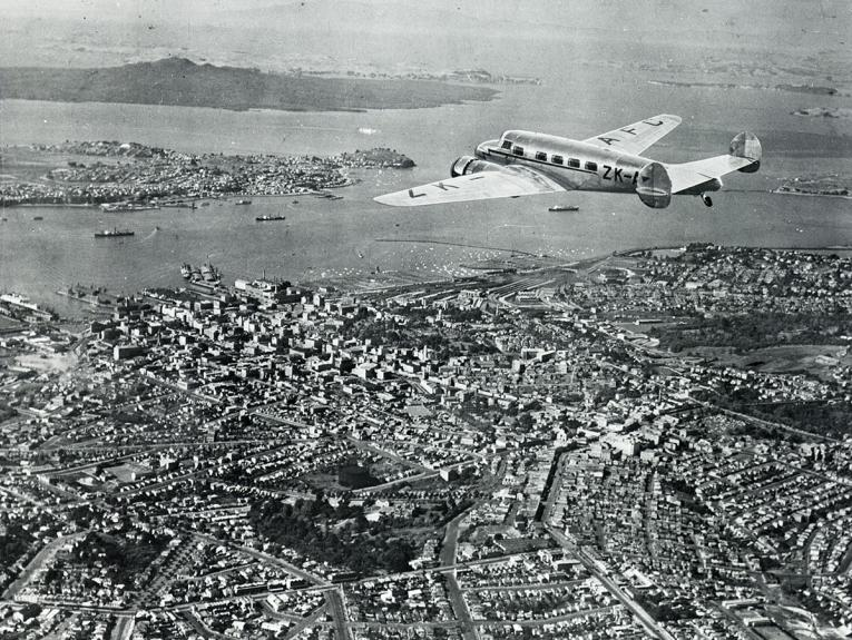 Plane flies over Auckland