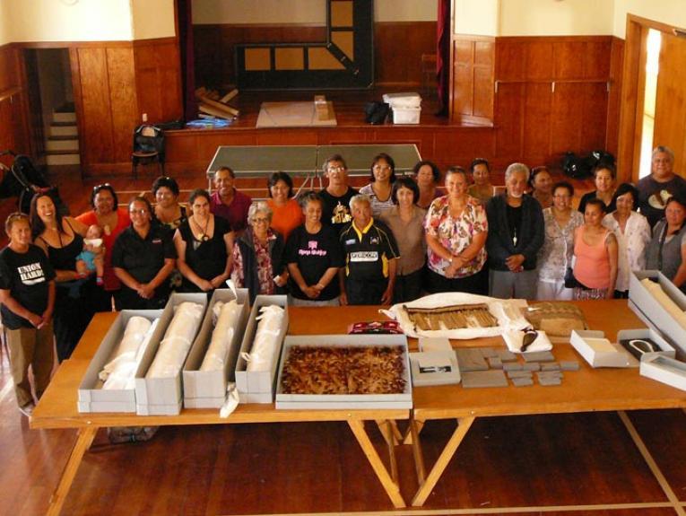 Taonga and paper conservation for iwi workshop participants, Taumata o te Rā Marae, 2013