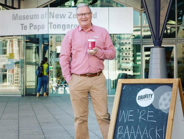 Earlybirds were welcomed with coffees from our CE Rick Ellis. Photo by Kate Whitley, 2016. Te Papa