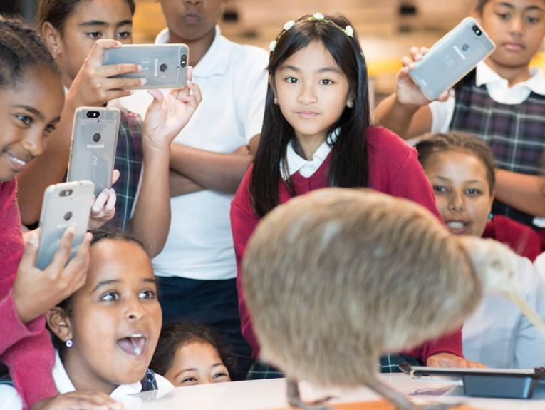 School visit using the collections and 3D technology