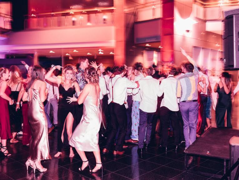 People dancing