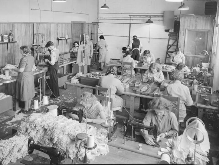 View of factory floor with workers, 1924-1945, maker unknown, Gordon H. Burt Ltd. Te Papa (C.002013)