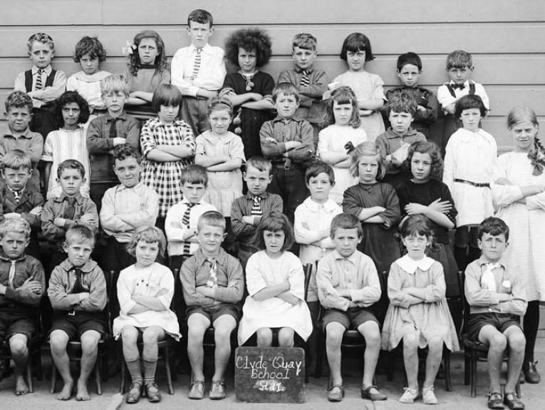 Clyde Quay School, Wellington STD1, circa 1920, maker unknown. Gift of Margaret and John Christie, 1979. Te Papa (C.003581)