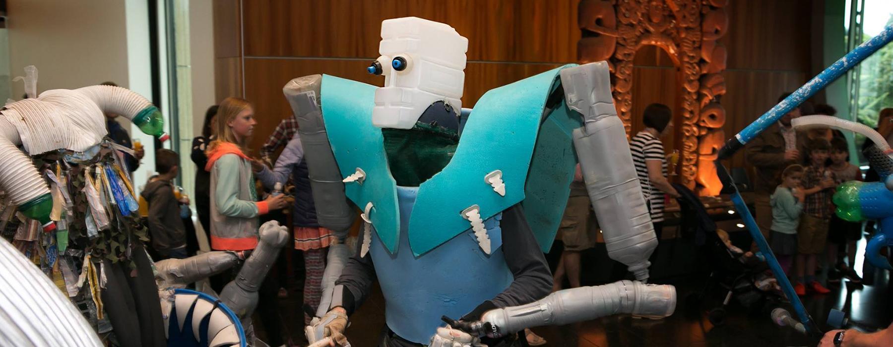 Alien Junk Monsters performing at Te Papa