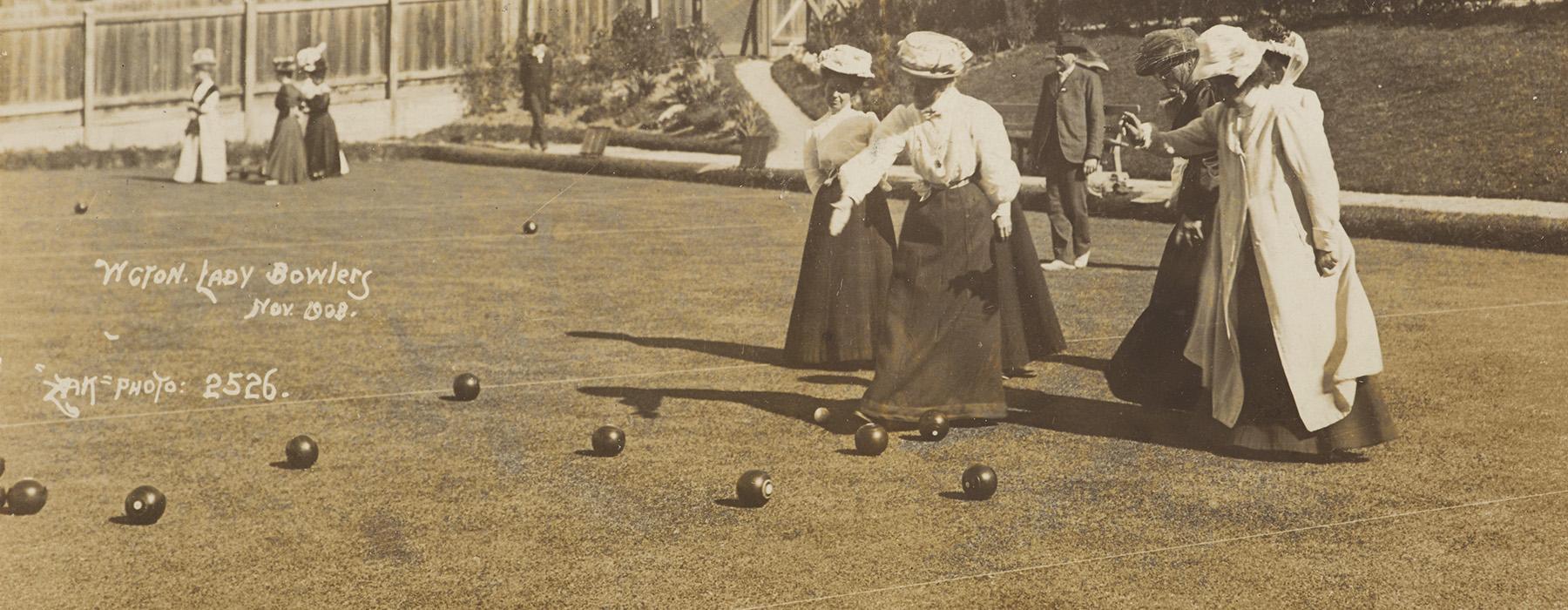 Wellington lady bowlers, 1908