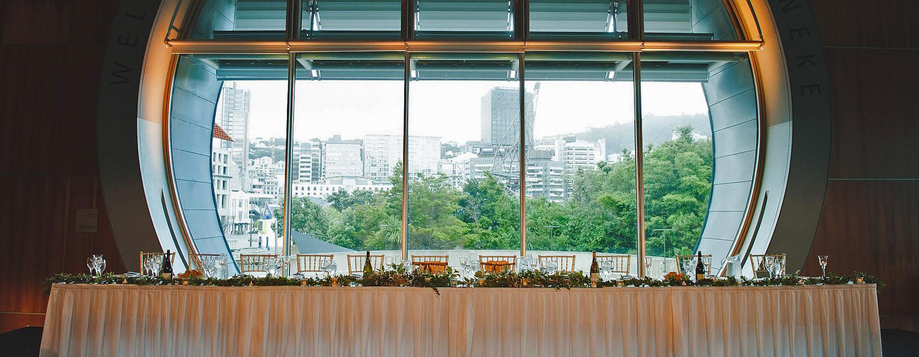 Head wedding table at Te Papa